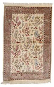 Ghom Silkki: Ghom Motavasei Matto 102X155 Itämainen Käsinsolmittu Beige/Ruskea (Silkki, Persia/Iran)