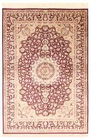 Ghom Silkki Matto 138X200 Itämainen Käsinsolmittu Beige/Tummanpunainen/Tummanbeige (Silkki, Persia/Iran)